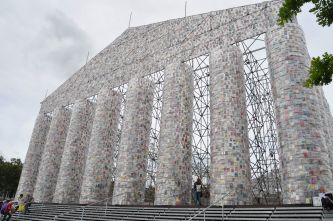 Marta Minujín - Parthenon der Bücher