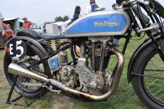 Moto Rhony'x